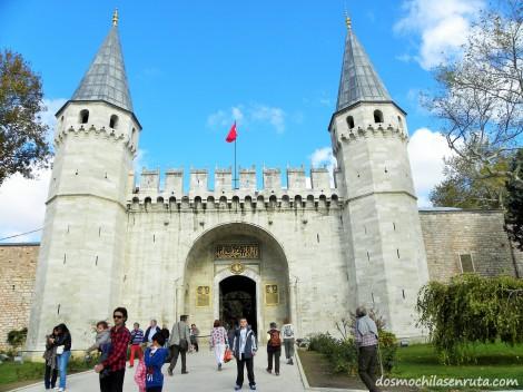 Entrada al Palacio de Topkapi
